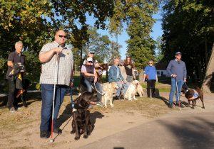 Blindenführhundhalter des BSVT beim Weiterbildungsseminar