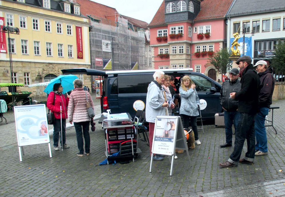 Infostand am Tag des weißen Stockes am 15.10.2021 in Eisenach